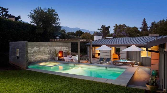 Outdoor pool house design for Outdoor pool designs
