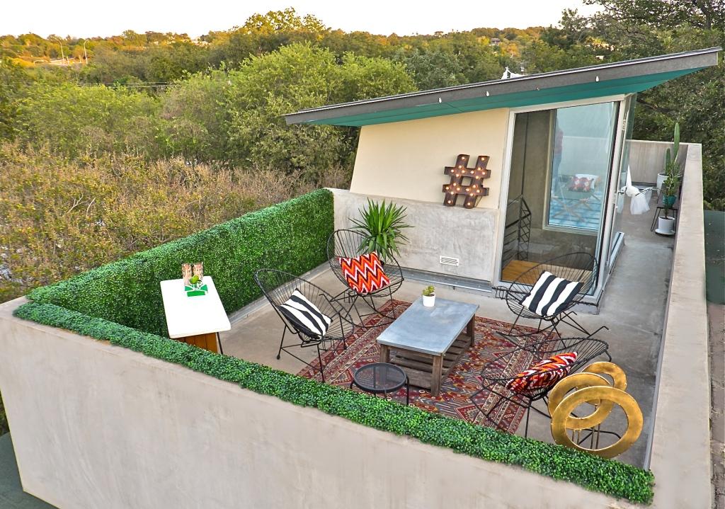 rooftop-lounge-aquahaus